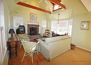 Second guest cottage living room with pullout sofa