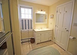 Second floor King bedroom bath