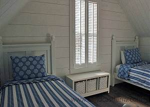 Twin bedroom in Main House