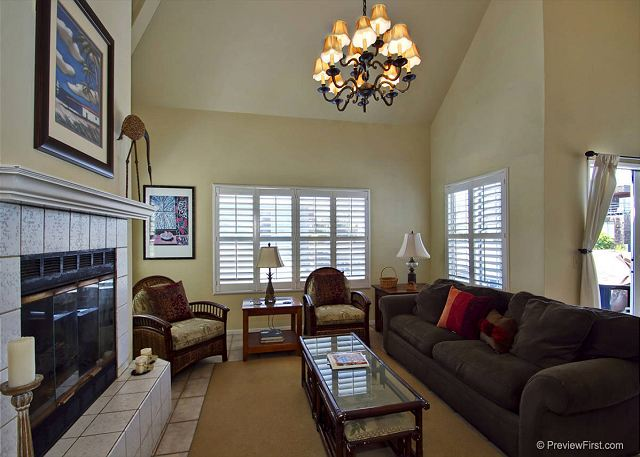 Fabulous Bayside Duplex that is just a few doors back from the beachfront - San Diego, California