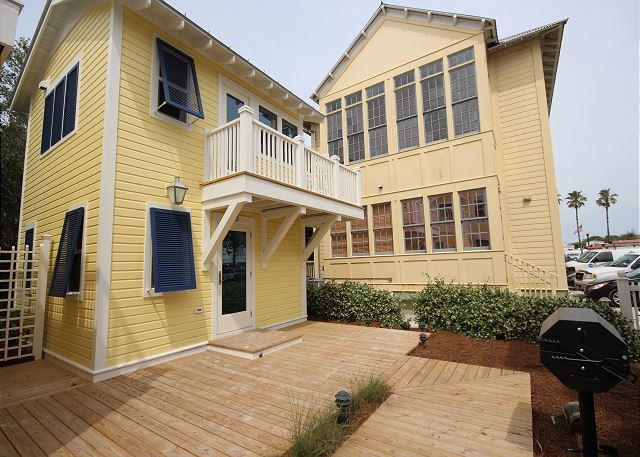 How Sweet in Seaside FL - 1 Cottage Up From Beach!