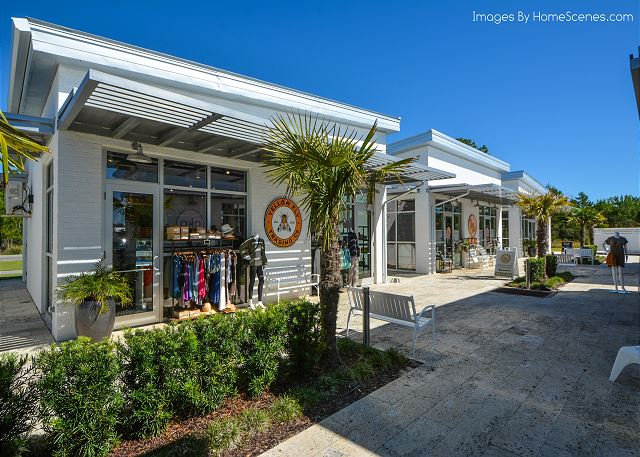 The Hub - Outdoor Shopping
