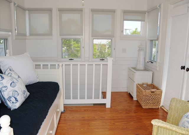 Tower Bedroom with Trundle Bed (Sleeps 2)