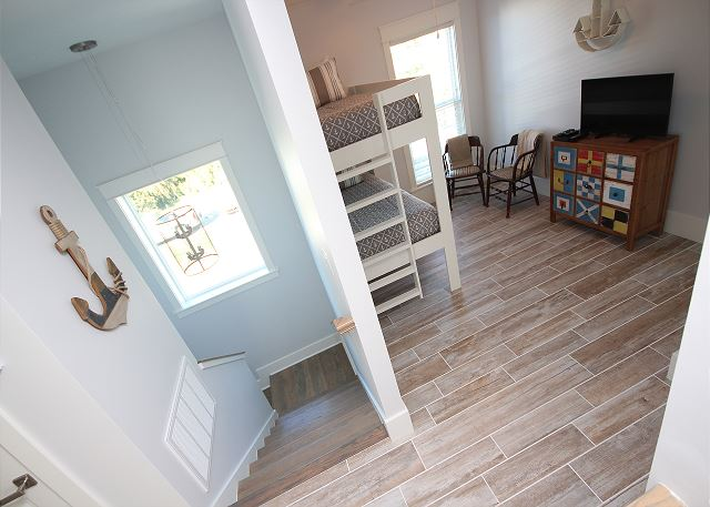 Upstairs Landing with Bunk Bed (sleeps 2) and Flat Screen TV
