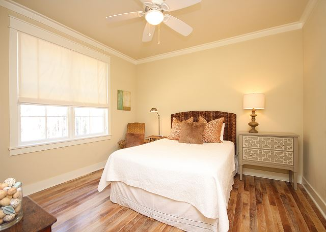 Queen Guest Bedroom on Main Level