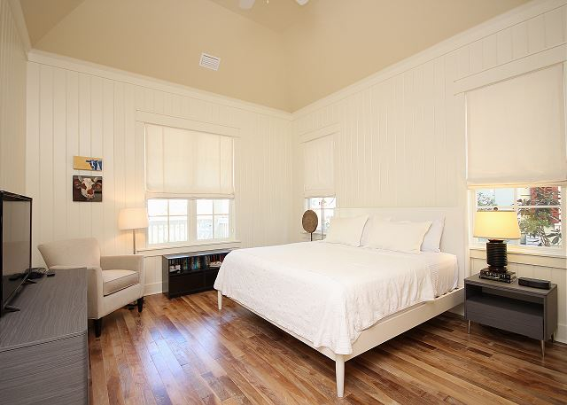King Master Suite on Main Level