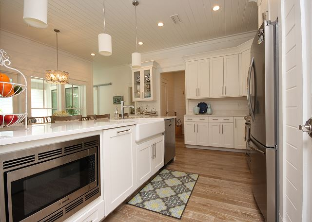 Gourmet Stainless Appliances