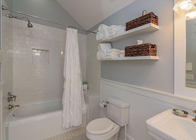Guest Bath 3