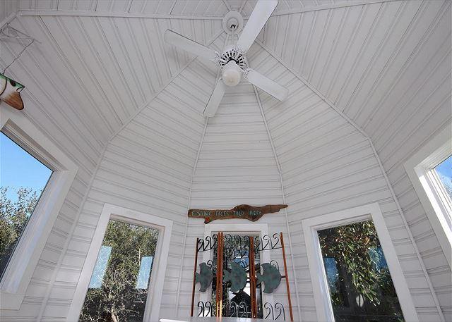 Tower Ceiling Fan