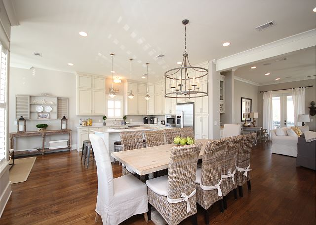 Designer Kitchen & Dining Space