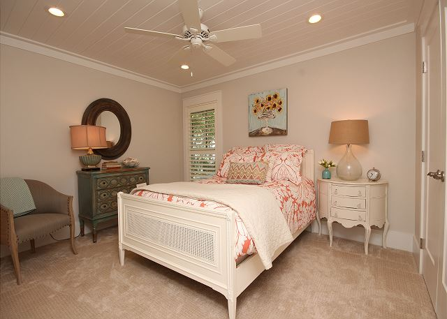 2nd Queen Guest Room