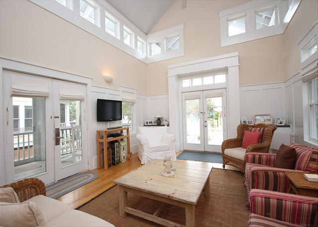 2 story great room with plenty of seating!