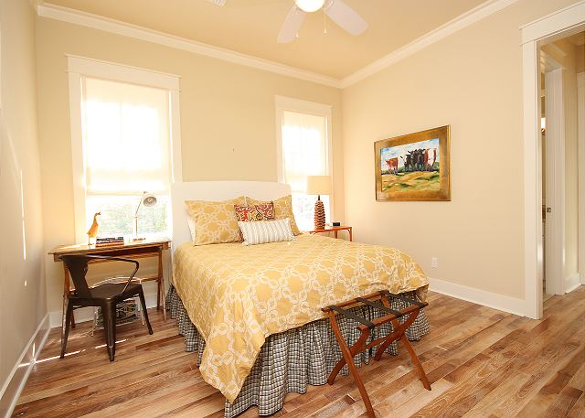 2nd Queen Guest Bedroom Upstairs with Private Bath