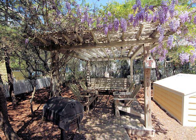 Beautiful Outdoor Garden Space