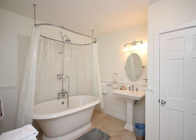 Private Master Bath with Designer Tub/Shower