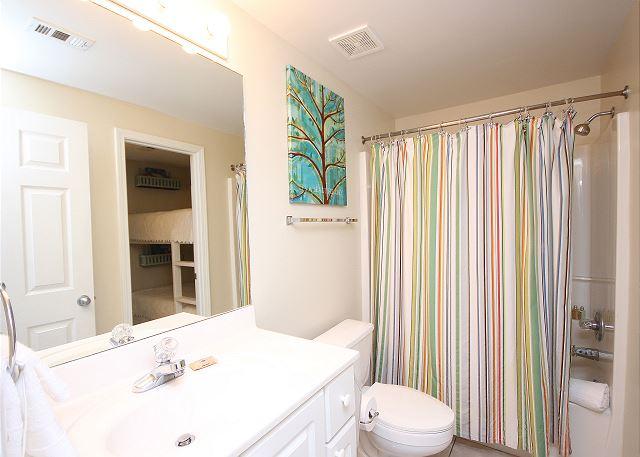 Master bath with Bath/Shower Combo