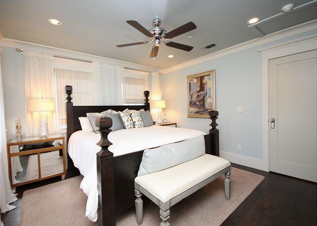 3rd Floor King Master Suite