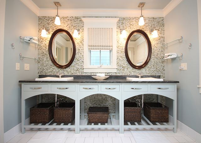 Master Bath with Dual Sinks (shower only)