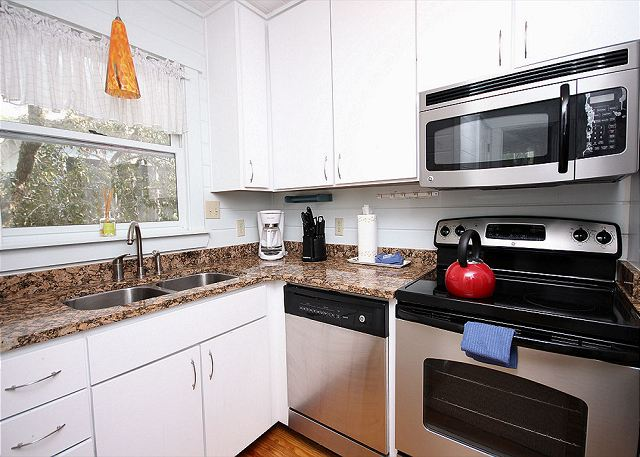 Stainless Kitchen with Granite Countertops