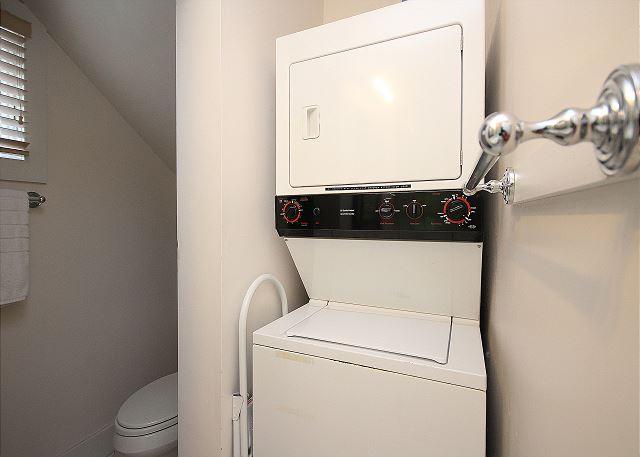 Washer/Dryer on Main Level