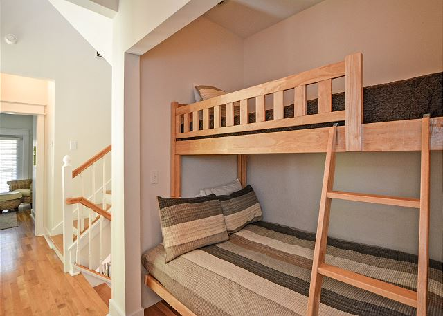Built-In Full/Twin Bunks in Hallway