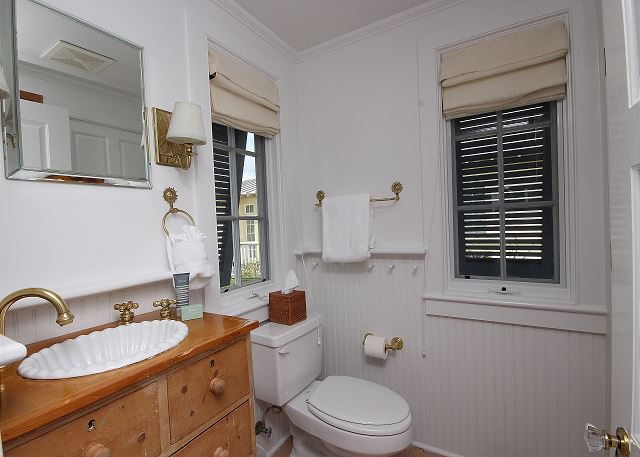 Upstairs Bathroom (shower only)