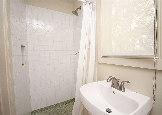 2nd Full Bathroom - Shower only
