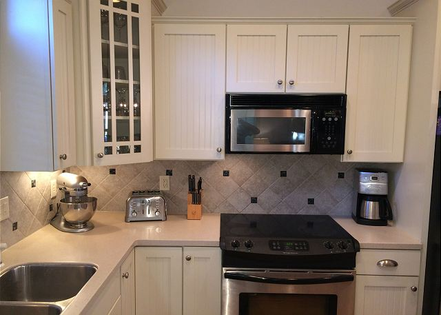 Custom Cabinetry & Stainless Appliances