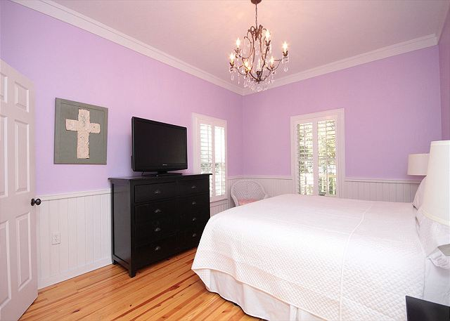 King Master Suite with Flat Screen TV