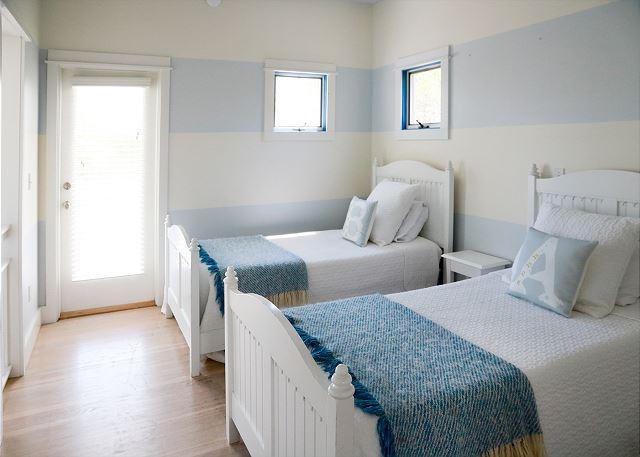 Dual Twin Guest Bedroom