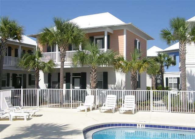 Three Palms just off the pool!