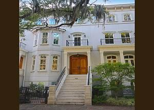 SVR-00214 Stunning Parkview Mansion