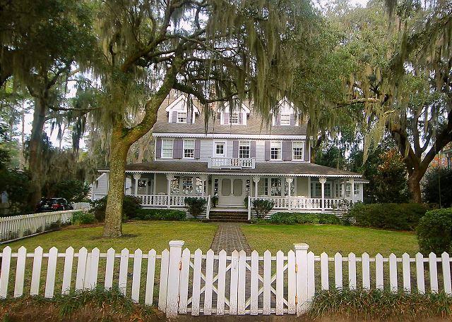 Isle of Hope Bluff Home (2)