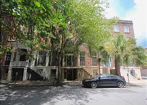 SVR-00134 28 E. Taylor Garden Home