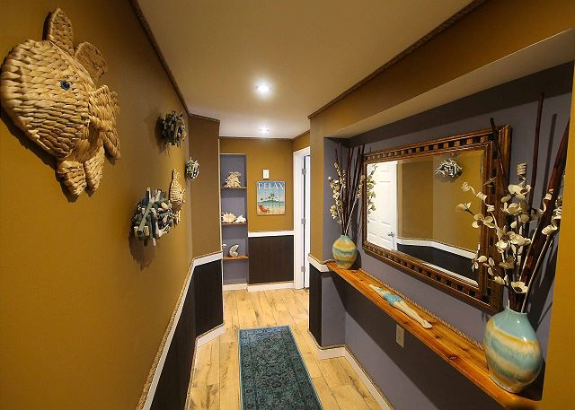 2nd bedroom hallway