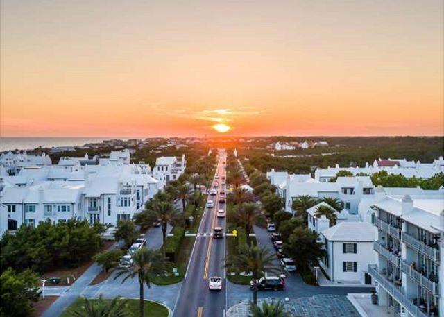 Enjoy access to nearby neighborhoods such as Alys Beach, Seaside & Rosemary Beach!