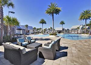 Enjoy amazing amenities such as the community pool at Prominence and community gym!