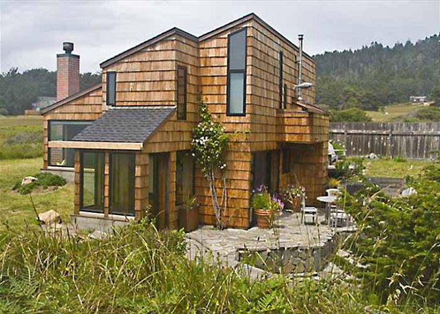 Esherick house vacation rentals at sea ranch lodge for Sea ranch house