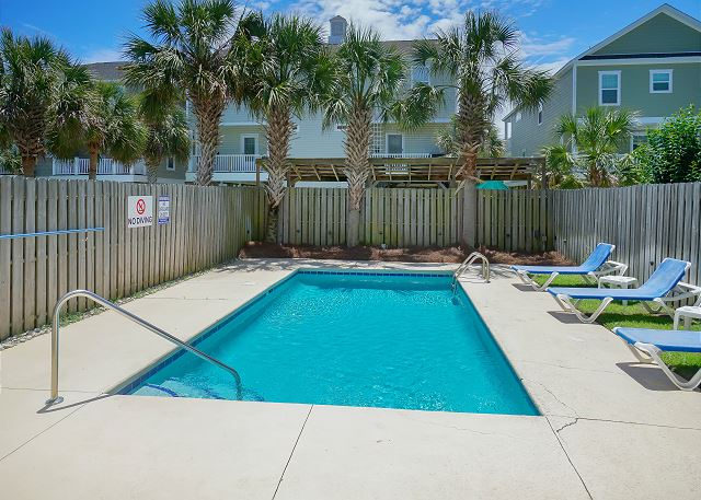 Superb Surfside Beach Vacation Rental Southern Breeze Surfside Home Interior And Landscaping Elinuenasavecom
