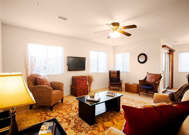 The Coastal Condo offers an ideal location and modern ammenities. - San Diego, California
