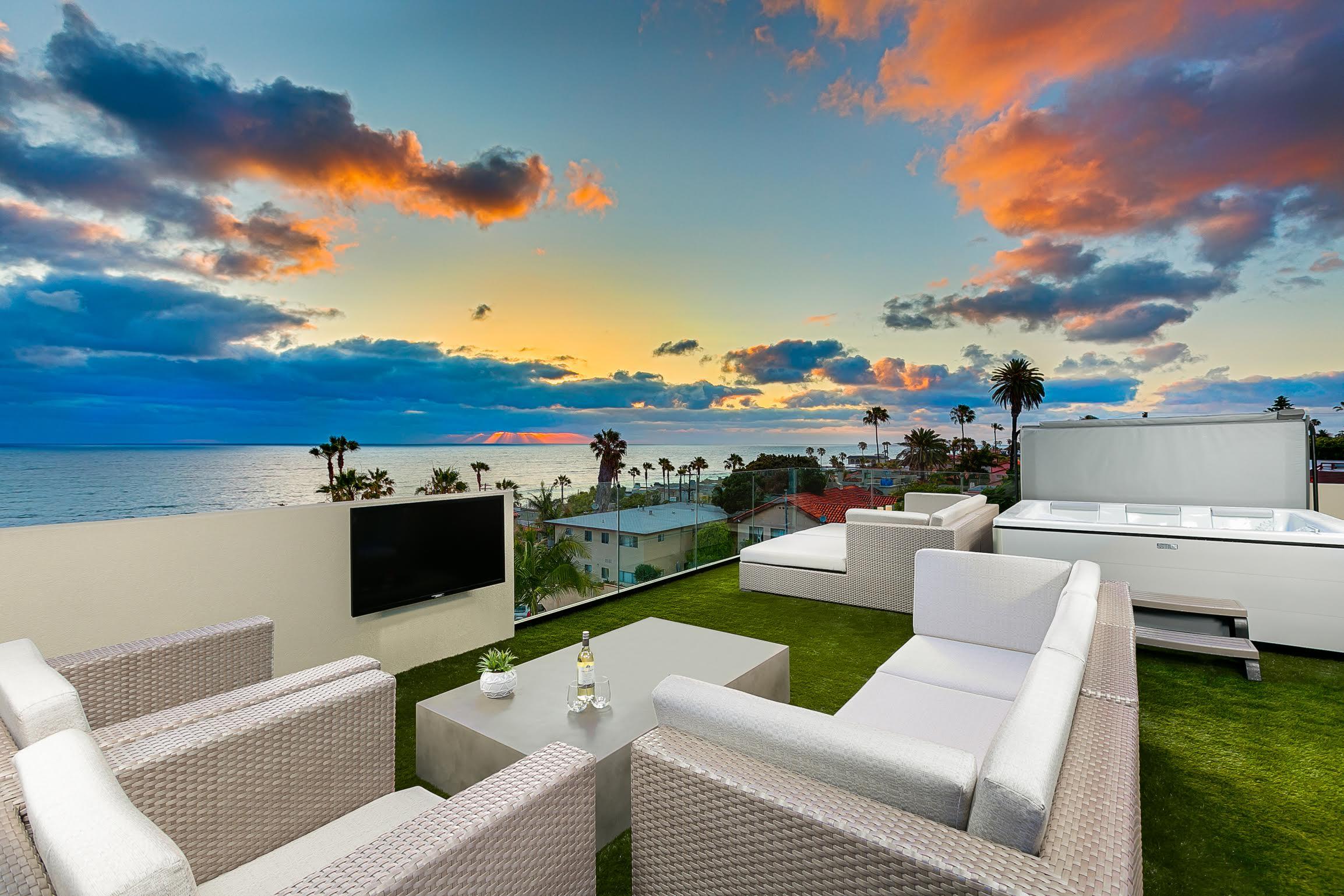 253 - Coastal Captivation | SeaBreeze Vacation Rentals