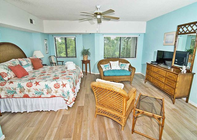 Forest Beach Villa 405 - 2 Bedroom Spacious Condo