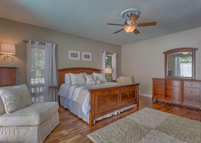 Water Oak 33 - Master Suite - HiltonHeadRentals.com