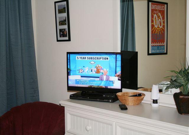 Ocean One 407 - Bedroom 2 Flat Screen TV - HiltonHeadRentals.com