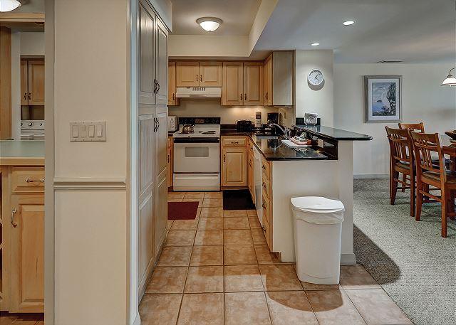 Ocean One 407 - Kitchen - HiltonHeadRentals.com