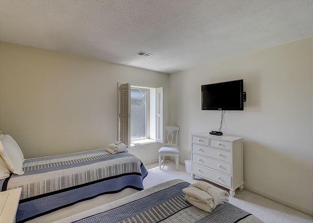 Bluff Villas 1817 - Bedroom 2 Flat Screen TV  - HiltonHeadRentals.com