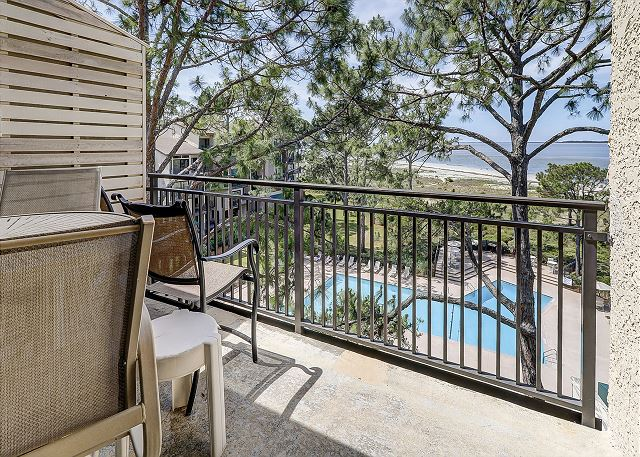 Beachside Tennis 1881 - Private Balcony with Pool & Beach Views - HiltonHeadRentals.com