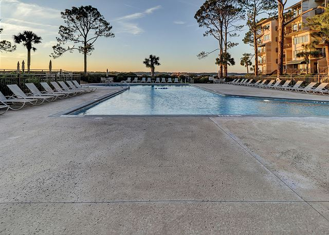 Beachside Tennis 1881 - Pool - HiltonHeadRentals.com