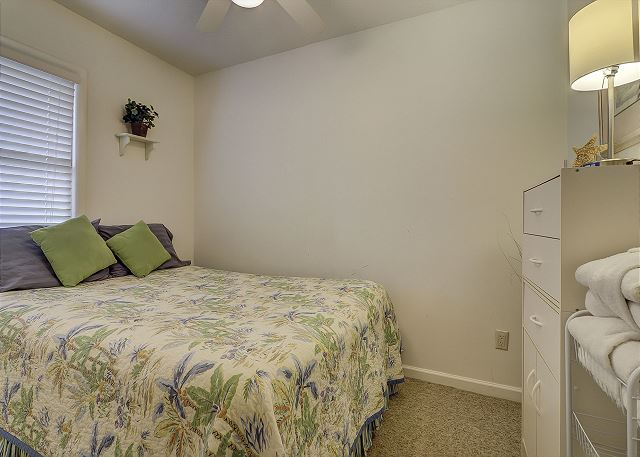 Bedroom with Queen bed & Bath