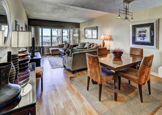 Beachside Tennis 1854 - Dining Room - HiltonHeadRentals.com